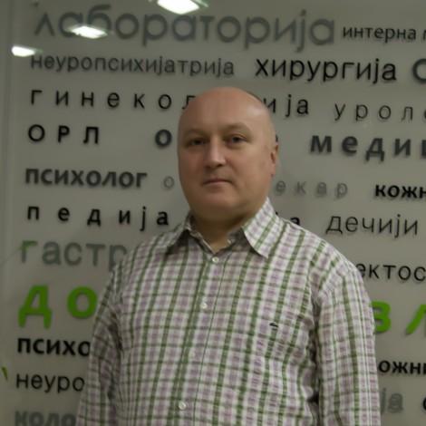 Dr Dejan Živković